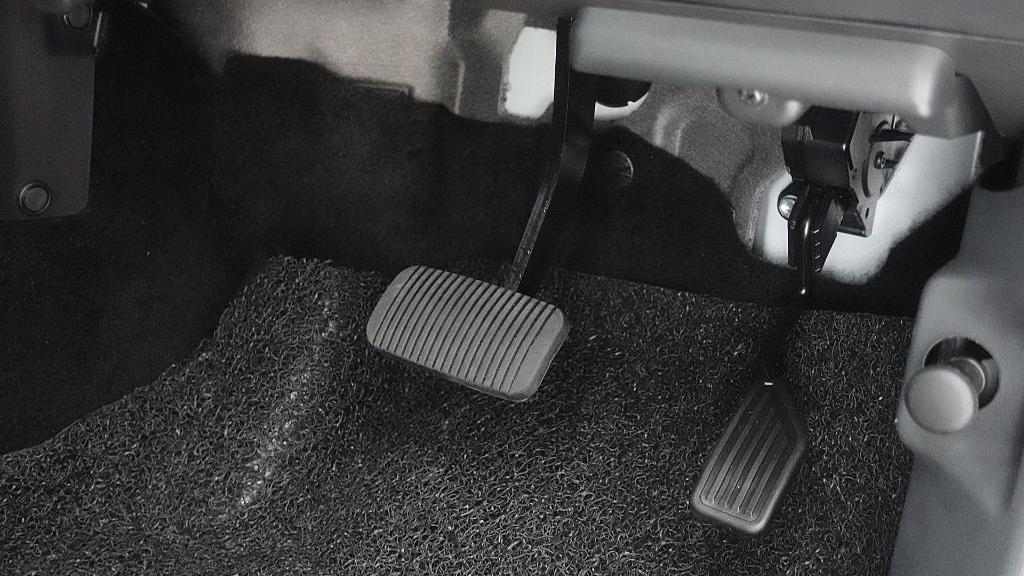 2019 Perodua Aruz 1.5 X Interior 017