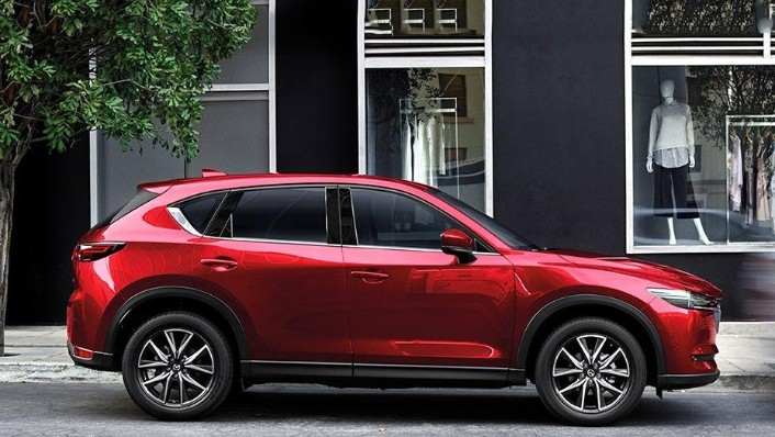 Mazda CX-5 (2018) Exterior 004