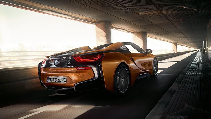 BMW i8 Roadster (2018) Exterior 006