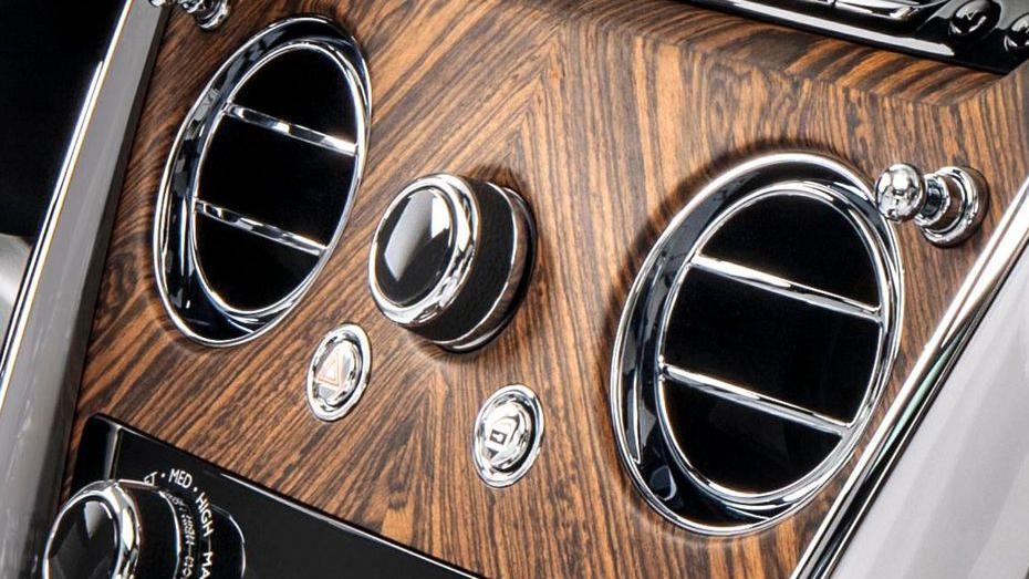 2018 Rolls-Royce Cullinan Cullinan Interior 008