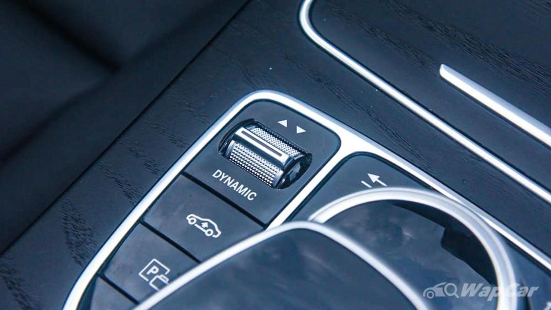 2018 Mercedes-Benz C-Class C 300 AMG Line Interior 020