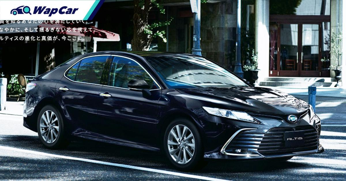 The Daihatsu Altis is a more expensive rebadged Toyota Camry 01