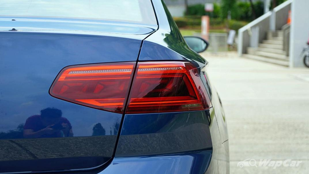 2020 Volkswagen Passat 2.0TSI Elegance Exterior 026