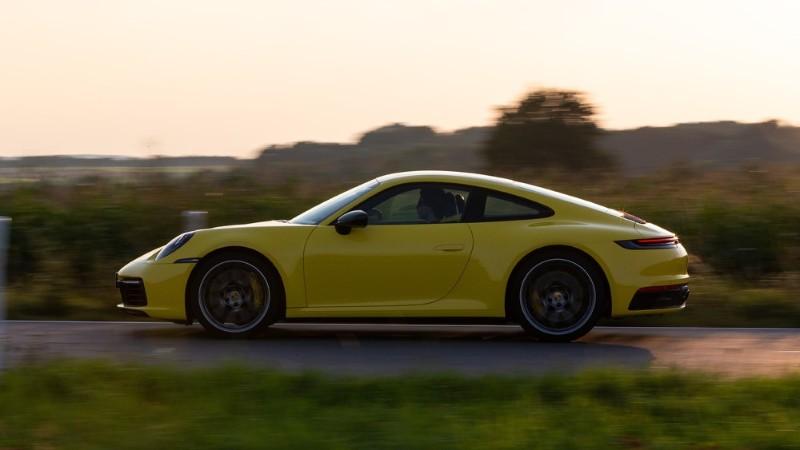 Porsche 911 side