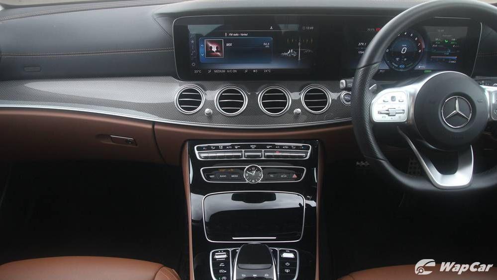 2019 Mercedes-Benz E-Class E 350 AMG Line Interior 003