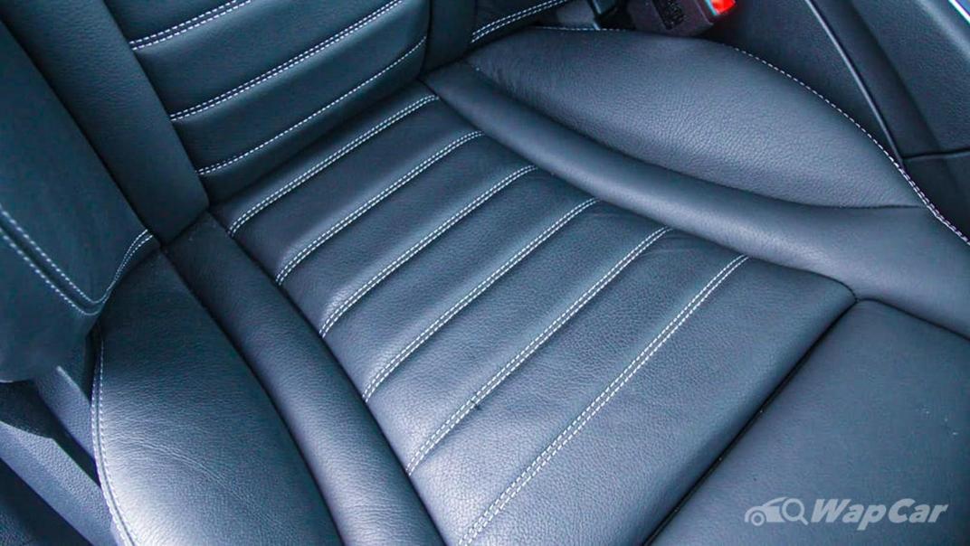 2018 Mercedes-Benz C-Class C 300 AMG Line Interior 040