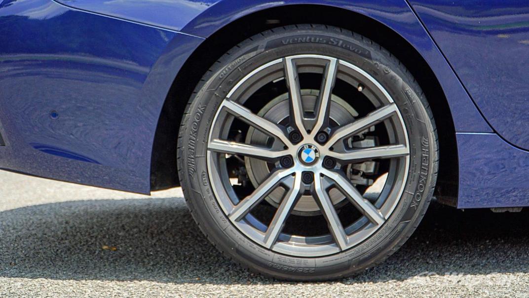 2020 BMW 3 Series 320i Sport Exterior 035
