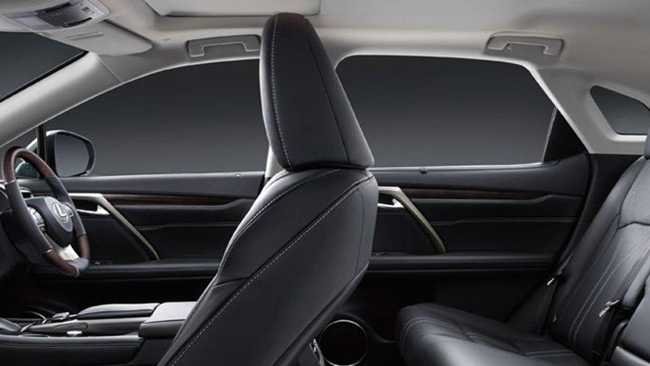 Lexus RX (2018) Interior 006