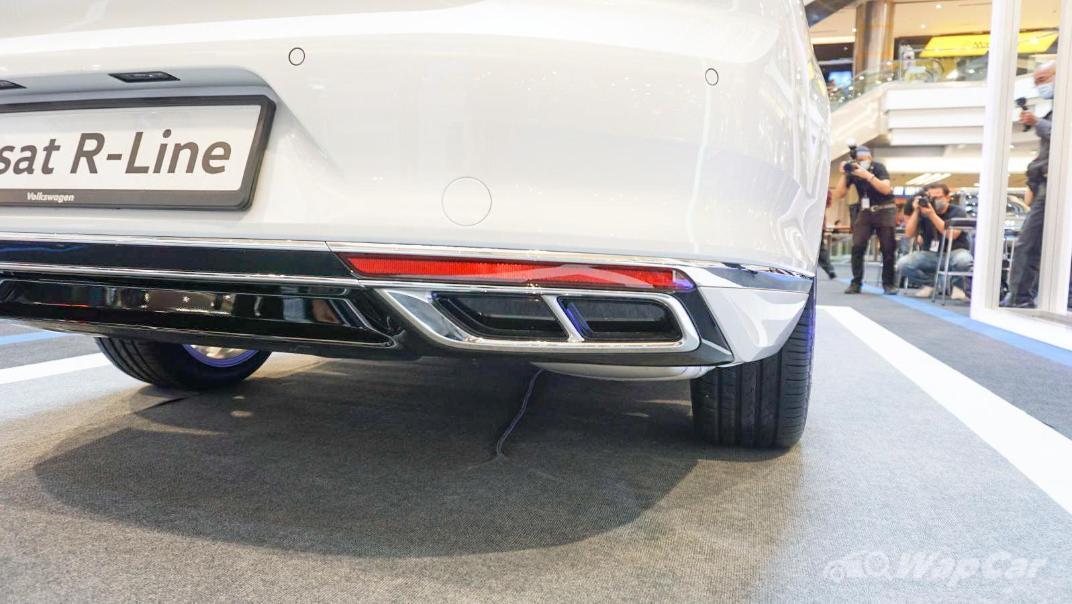 2020 Volkswagen Passat 2.0TSI R-Line Exterior 028