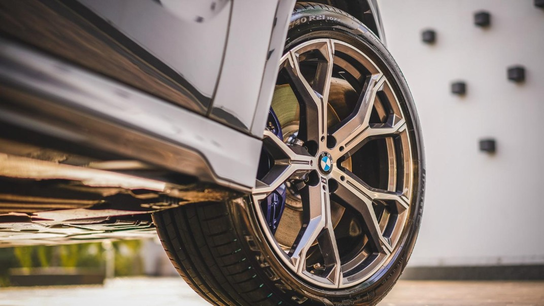 2020 BMW X6 xDrive40i M Sport Exterior 008