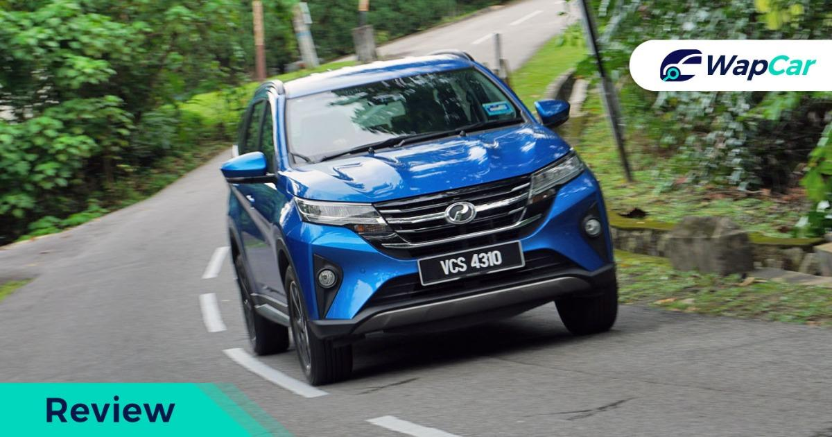 2019 Perodua Aruz front