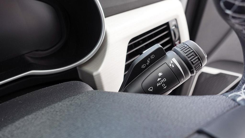2018 Proton X70 1.8 TGDI Executive AWD Interior 014