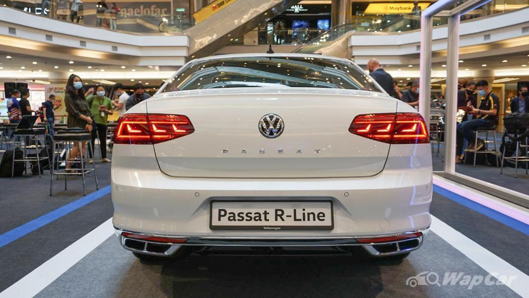 2020 Volkswagen Passat 2.0TSI R-Line Exterior 019