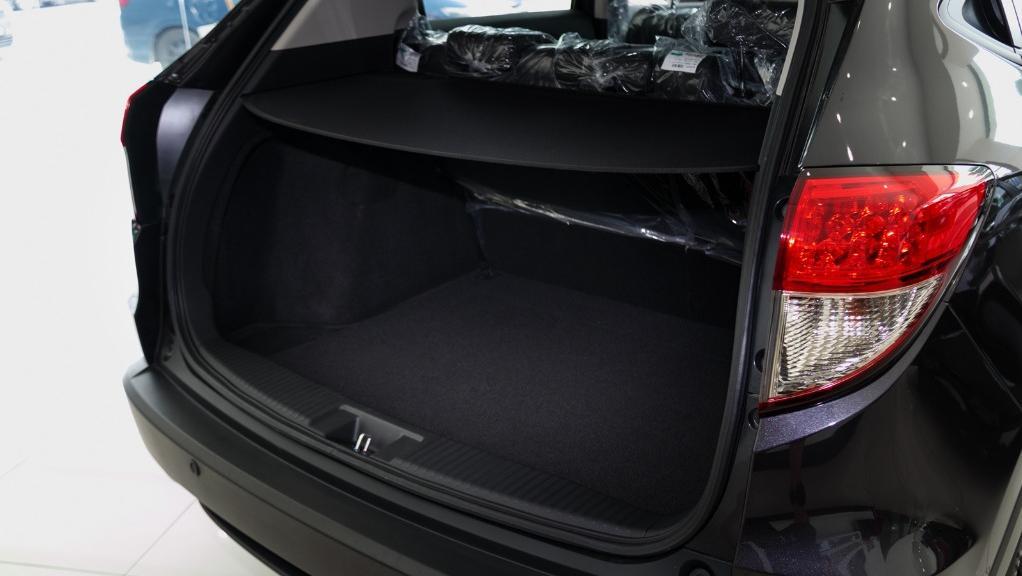 2019 Honda HR-V 1.8 E Interior 053