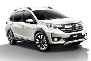 Honda BR-V vs Perodua Aruz; Comfort over gadgets? Or gadget over comfort?