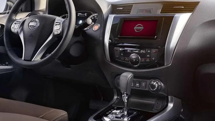 2020 Nissan Terra International Version Interior 001