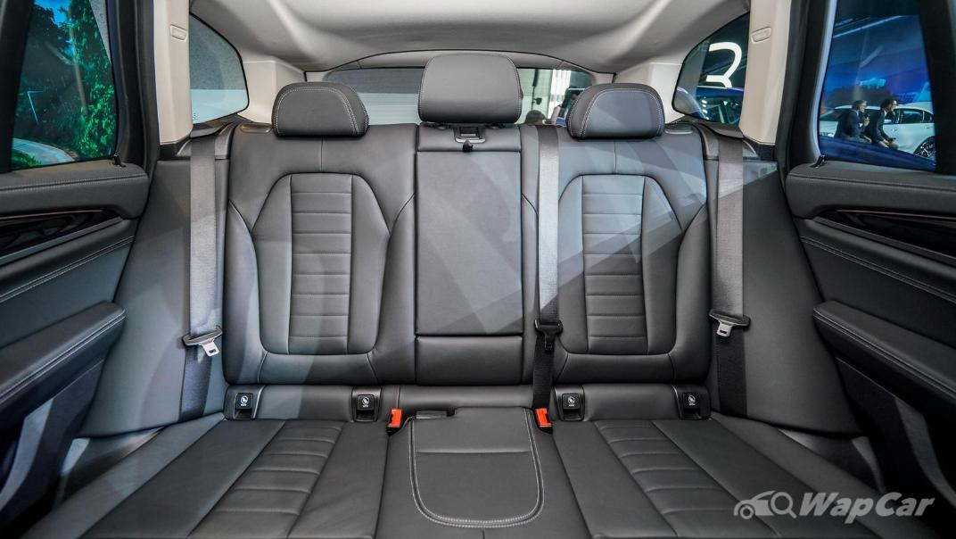 2021 BMW X3 sDrive20i Interior 007