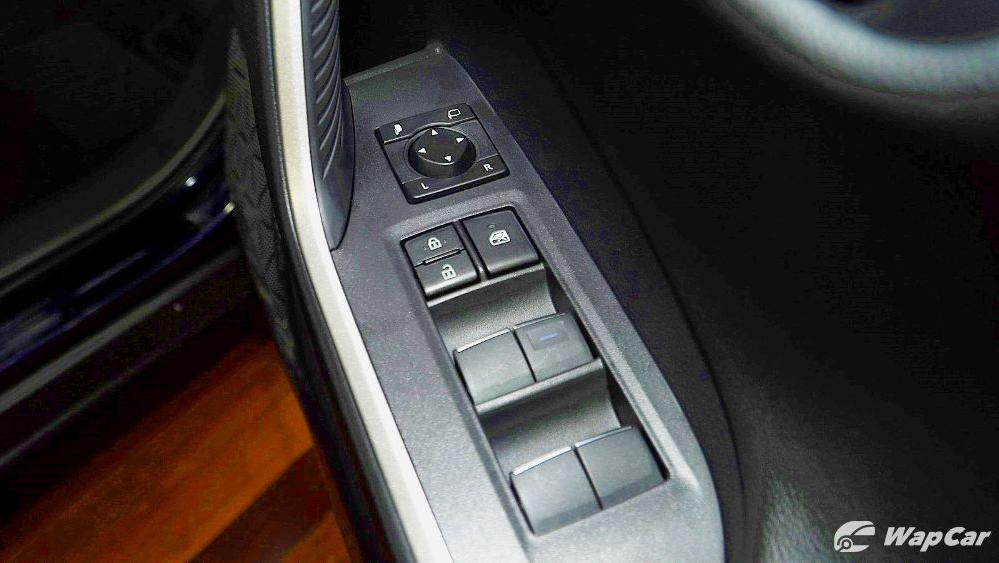 2020 Toyota RAV4 2.5L Interior 087