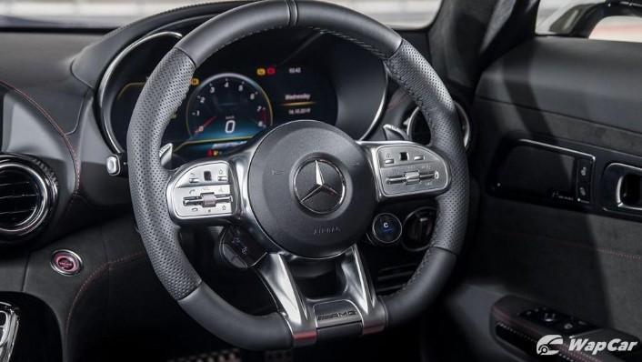 2019 Mercedes-Benz AMG GT C Interior 003