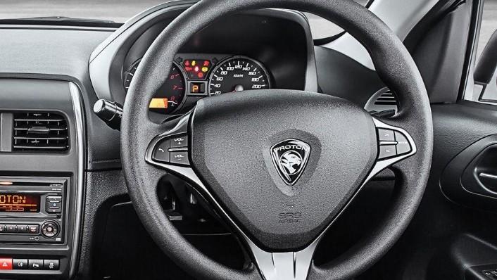 Proton Saga (2018) Interior 001