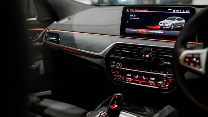 2021 BMW 6 Series GT 630i M Sport Interior 003