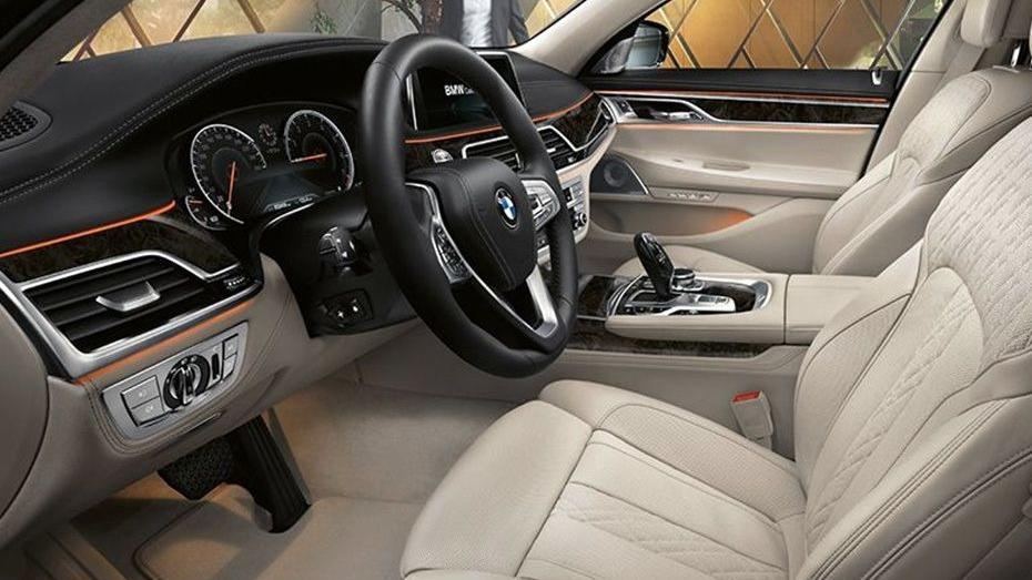 BMW 7 Series (2019) Interior 006