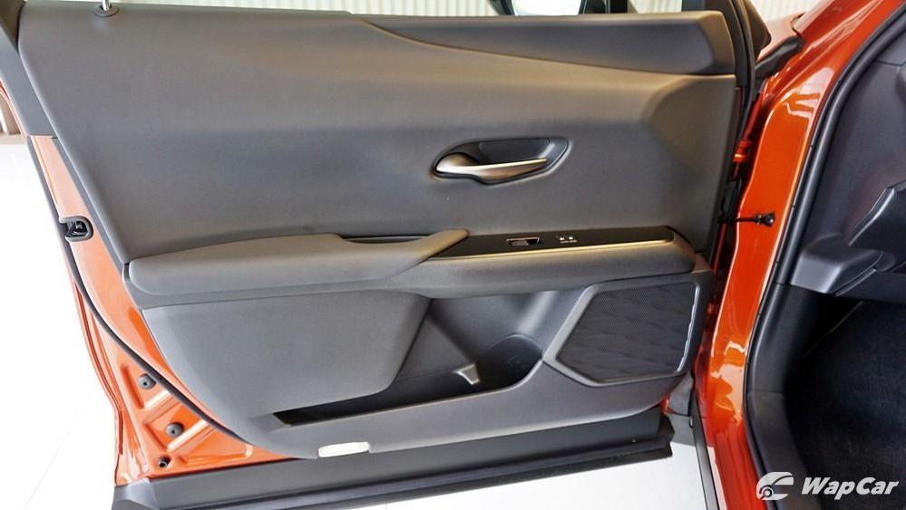 2020 Lexus UX 200 Urban Interior 030
