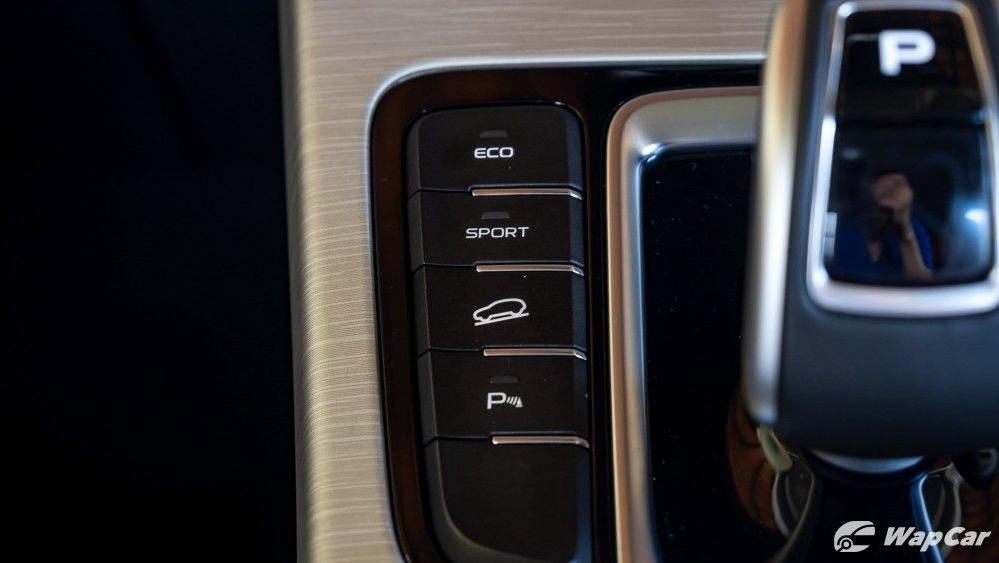 2020 Proton X70 1.8 Premium 2WD Interior 028