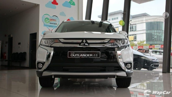 2018 Mitsubishi Outlander 2.0 CVT (CKD) Exterior 005