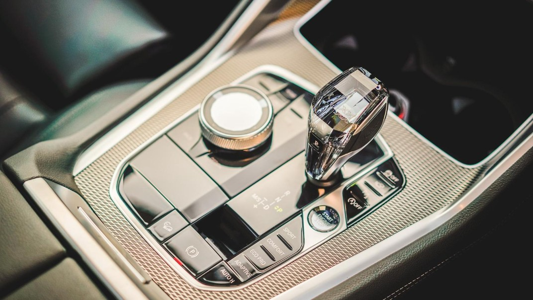 2020 BMW X6 xDrive40i M Sport Interior 009