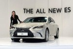Lexus ES outsells BMW 5 Series and Mercedes-Benz E-Class in USA