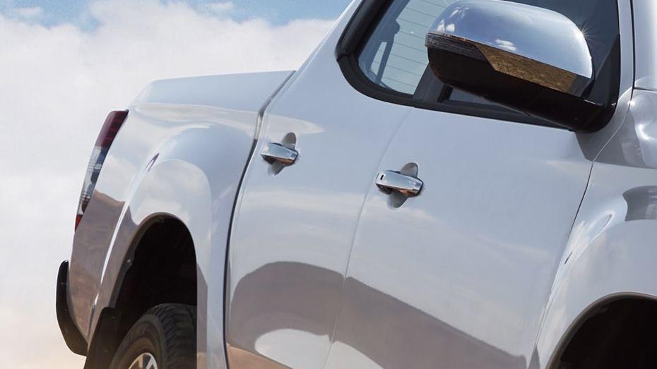 Mitsubishi Triton (2019) Exterior 010