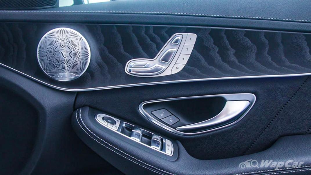 2018 Mercedes-Benz C-Class C 300 AMG Line Interior 034