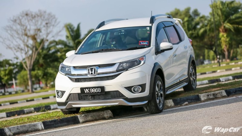 Is the Honda BR-V an SUV or an MPV? 02