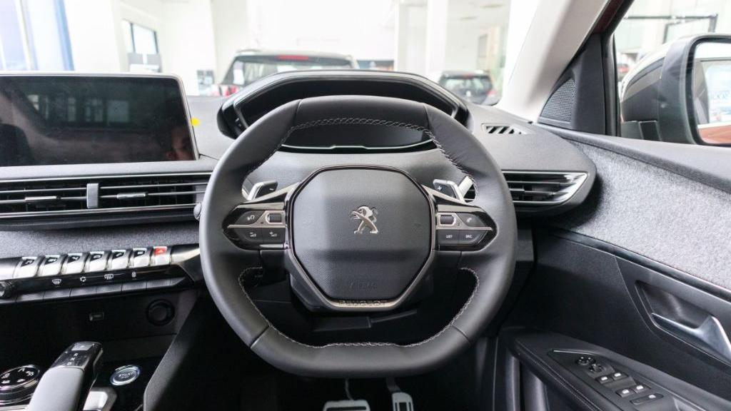 2019 Peugeot 3008 THP Plus Allure Interior 005