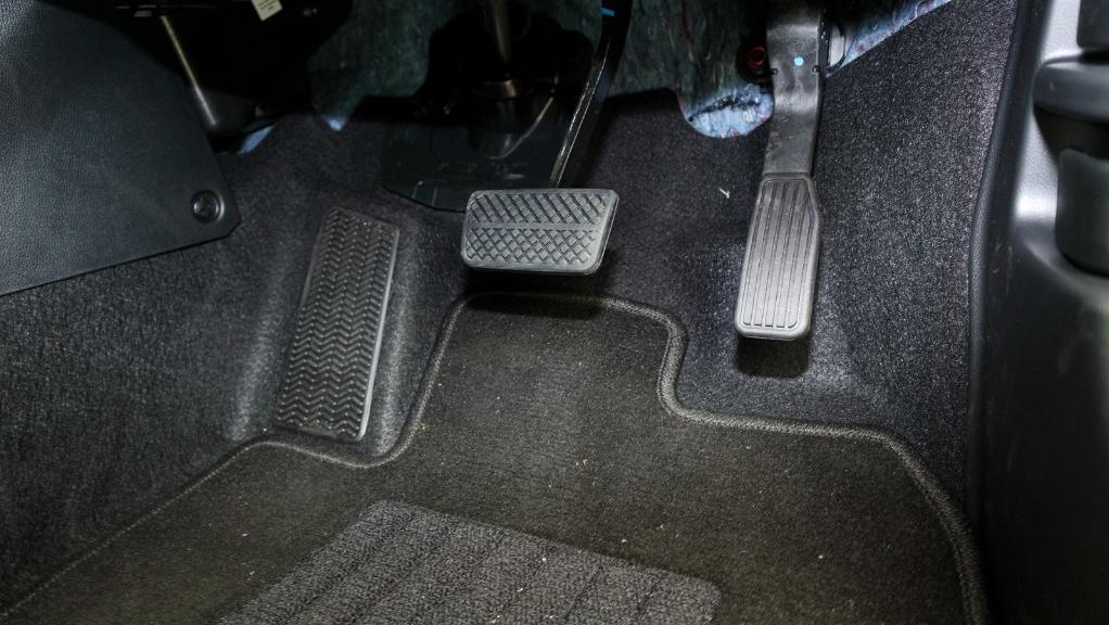 2019 Honda HR-V 1.8 E Interior 030