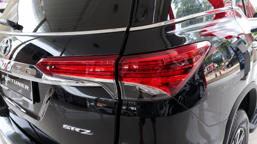 2018 Toyota Fortuner 2.7 SRZ AT 4x4 Exterior 013
