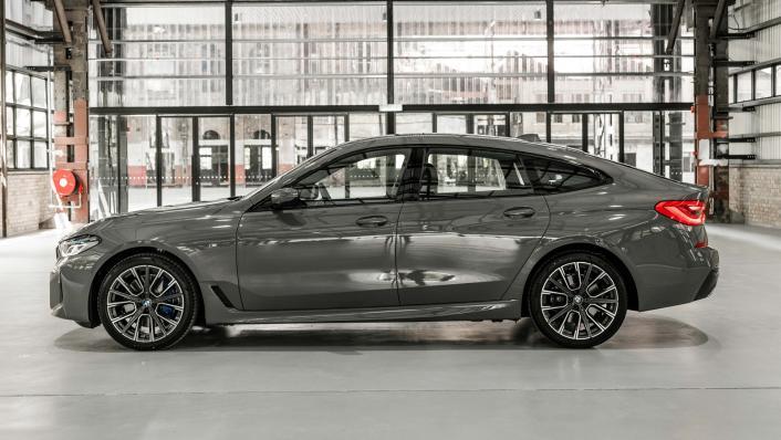 2021 BMW 6 Series GT 630i M Sport Exterior 003