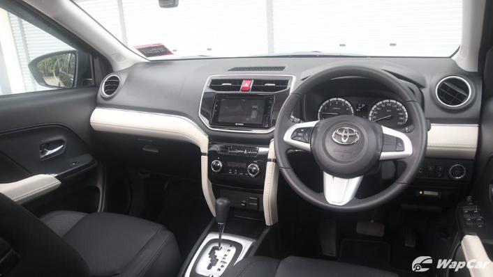 2019 Toyota Rush 1.5S AT Interior 002