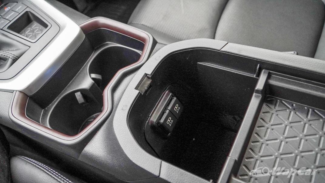 2020 Toyota RAV4 2.5L Interior 156