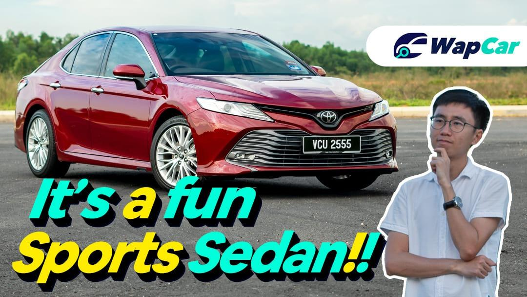 2019 Toyota Camry Review Malaysia