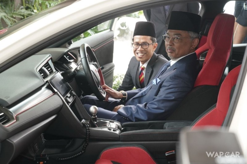2019 Honda Civic Type R cockpit