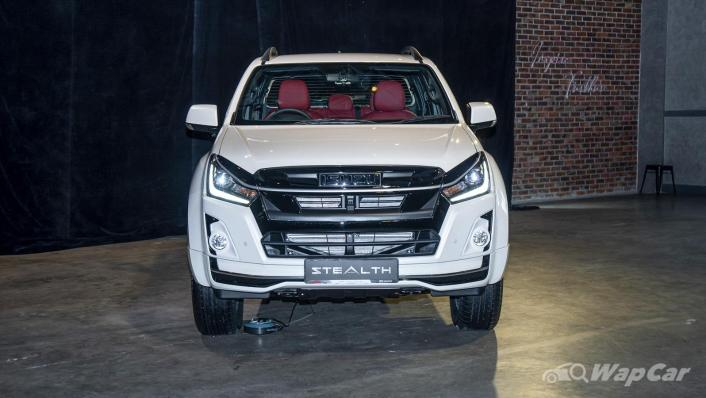 2020 Isuzu D-Max Stealth 1.9L 4×4 AT Exterior 002