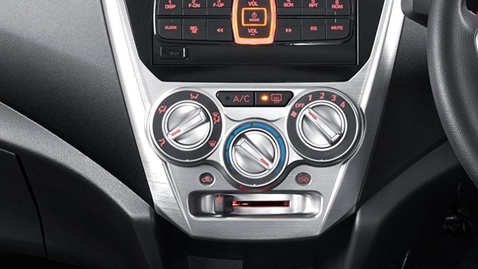 Perodua Axia (2018) Interior 006