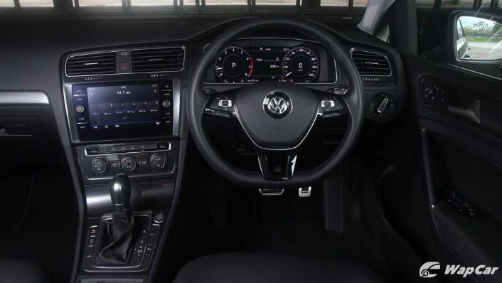 2018 Volkswagen Golf 1.4 TSI R-Line Interior 002