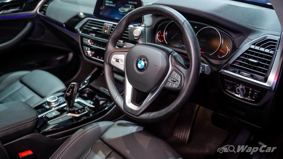 2021 BMW X3 sDrive20i Interior 002