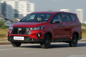 Pros and Cons: Very practical, but the 2021 Toyota Innova 2.0X needs more power