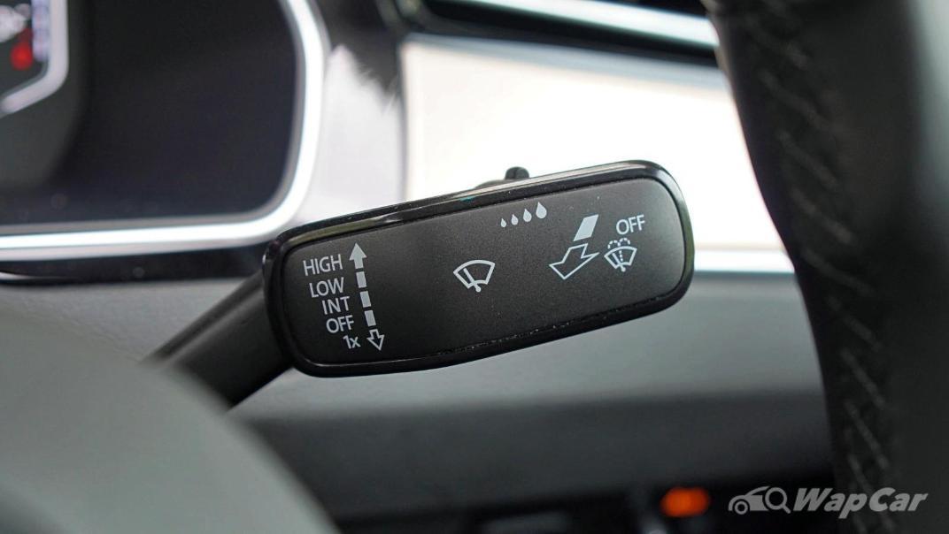 2020 Volkswagen Passat 2.0TSI Elegance Interior 011