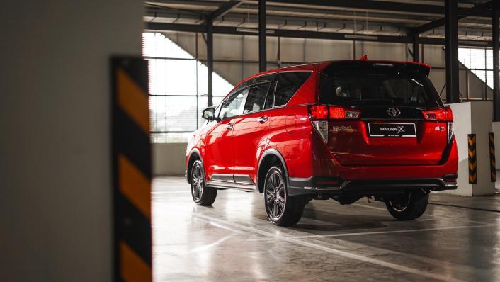 2021 Toyota Innova 2.0 X (AT) Exterior 008