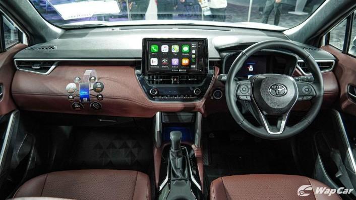 2020 Toyota Corolla Cross Interior 001